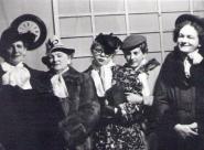 Otec svého syna - Salomena Blažková, Marie Marešová, Alena Bartoňová, Marie Blažková (Kršáková), Stanislav Filip